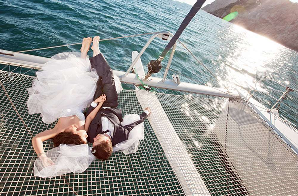 wedding_sailing_skiathos_evdora_catamaran